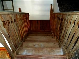 STAIRCASES - HARD WOOD STAIRS, BALUSTRADES AND RAILINGS CUSTOM MADE