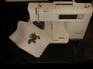 Embroidery machine Bernina Bernette deco 500