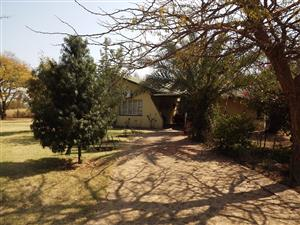 Smallholding in Waterval with House & Outbuildings , 9.5 ha, For Sale