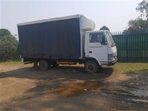 Tata 709 truck