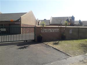2 Bedroom house in  Crystal Park, Benoni, Gauteng