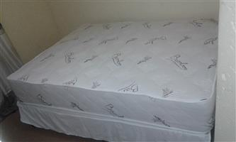 Queen size bed for sale Midrand