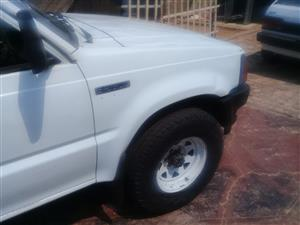 1990 Mazda B2600
