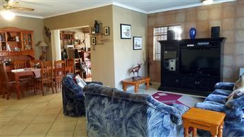 3 bedroom home in Suideroord for sale