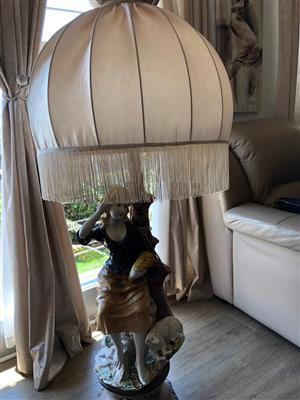 Capri di monte porcelain lamps