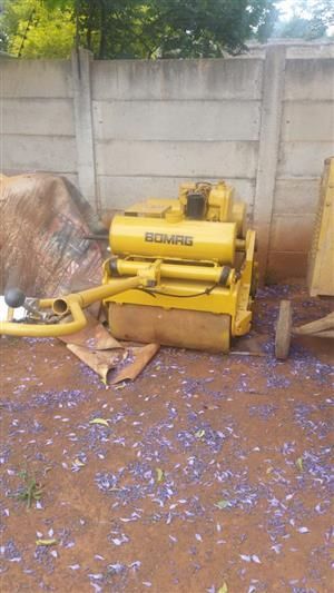 1X Fully Operational/ Reconditioned Bomag 75 pedestrian roller for sale