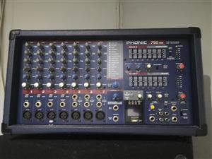 Phonic powerpod mixer