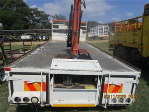 BODY LOADER WITH CRANE