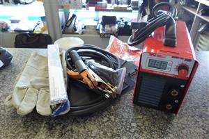 Trade Arc Hobbytec 1500 140Amp DC Inverter