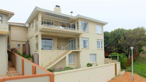House For Sale in DE BAKKE