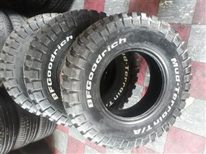 30.9.5R15 Bf Goodrich Mud-terrain tyres