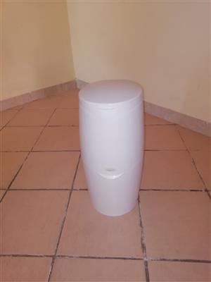 AngelCare nappy dustbin
