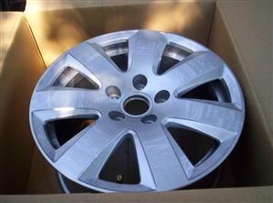 Audi 16 inch mags