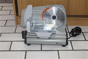 Russell hobbs multi purpose electric food slicer S036188I