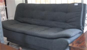 S034066A sleeper couch #Rosettenvillepawnshop