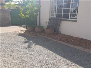 Modern  Bachelor near UOFS, CUT, Mimosa Mall, Grey College - Water included Pre-paid Electricity