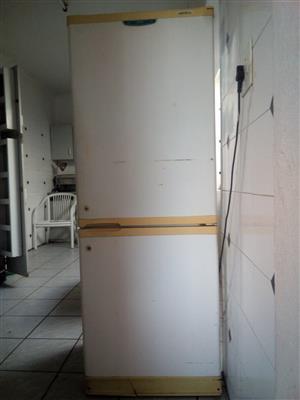 Defy fridge/freezer in good condition
