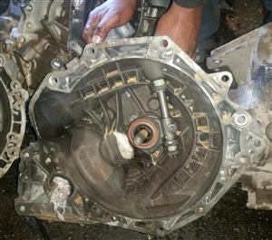 CHEVROLET UTILITY BAKKIE MANUAL GEARBOX FOR SALE