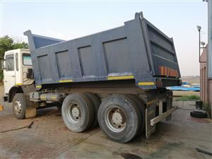 TIPPER BIN AT AFFORDABLE PRICE CONTACT US AT (011) 914-1035/0635408390