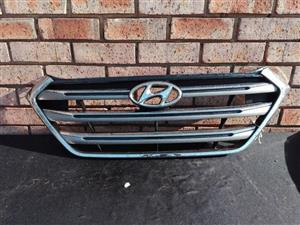 Hyundai Ix35 Main Bumper Grill