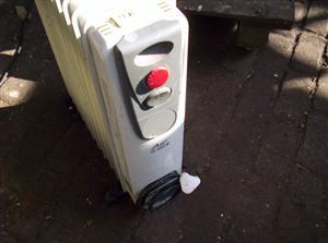 Oil heaters x 2