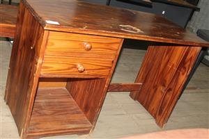 S0335593l Brown study desk #Rosettenvillepawnshop