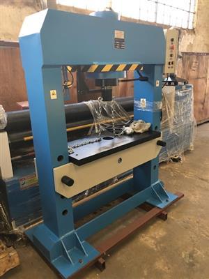 Press, Hydraulic Press, Cap:100T, Hydraulic, BRAND NEW