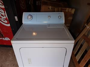 Whirlpool 8.2Kg tumble dryer