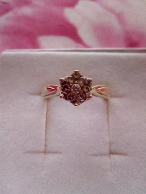 BEAUTIFUL 9CT yellow and white gold diamond ring for sale  Akasia