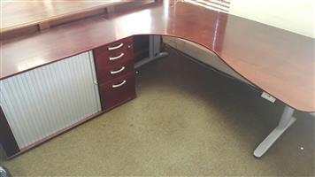 Mahogany L-shape desk