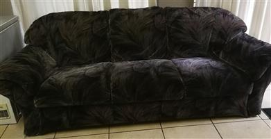Lounge Suite (6 Seater)
