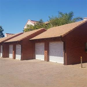 2 bedroom Ground Floor Townhouse to LET in ecopark, highveld, centurion