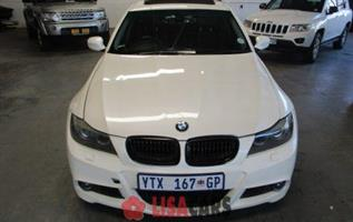 2009 BMW 3 Series 330i auto