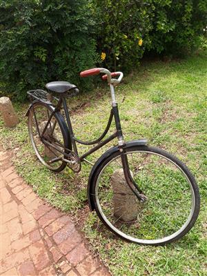 Vintage Phillips Ladies Bicycle