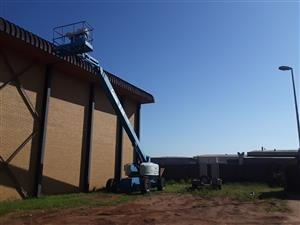 Cherry Pickers -Genie S85, 28M diesl boom lift for hire/sale