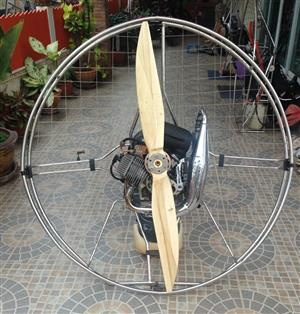 Quality Carbon Fibre and Wooden Paramotor Propellers for sale