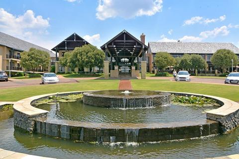 1 Bedroom Apartment For Sale in Waterfall Hills Mature Lifestyle Estate, Midrand