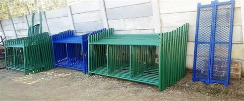 SCAFFOLDING H FRAMES, ONLY R350 PER FRAME