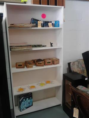 5 Tier white wooden shelf