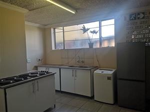 Flats for R2000 in Pretoria central