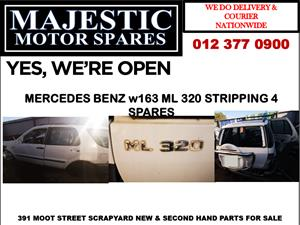 Mercedes benz ml320 accident damaged vehicle spares for sale
