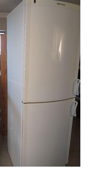 AEG Upright Freezer  278L