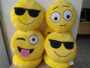 SAVE NOW: 32CM EMOJI CUSHIONS