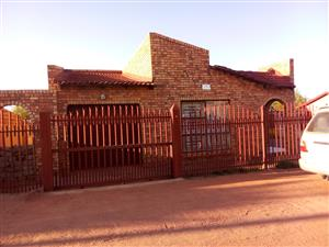 3 bedroom house for sale in Soshanguve block w