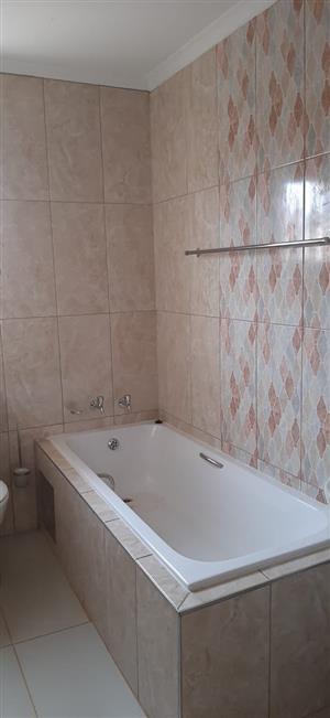 3bed house 2 rent Elanspoort Danville R6000