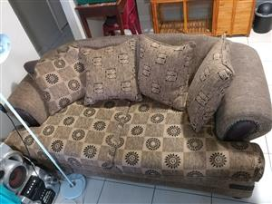 2-seater couches