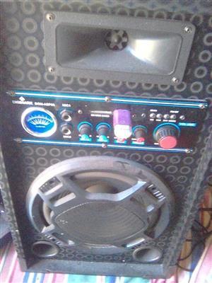 2 speakers te koop