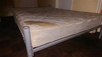 Edblo double bed with metal base