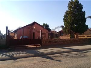3 bedroom house for sale in Mabopane X Ext