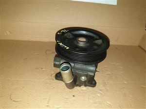 5.7 WK1 JEEP GRAND CHEROKEE POWER STEERING PUMP